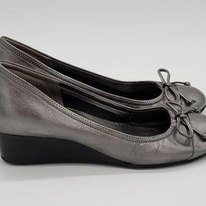 bff42ac2b65 Cole Haan Shoes | Nike Air Tali Sz 6 B Womens | Poshmark